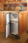 """H50IMW Perlick 15"""" Signature Series Fully Integrated Indoor Clear Ice Maker - Reversible Door"""